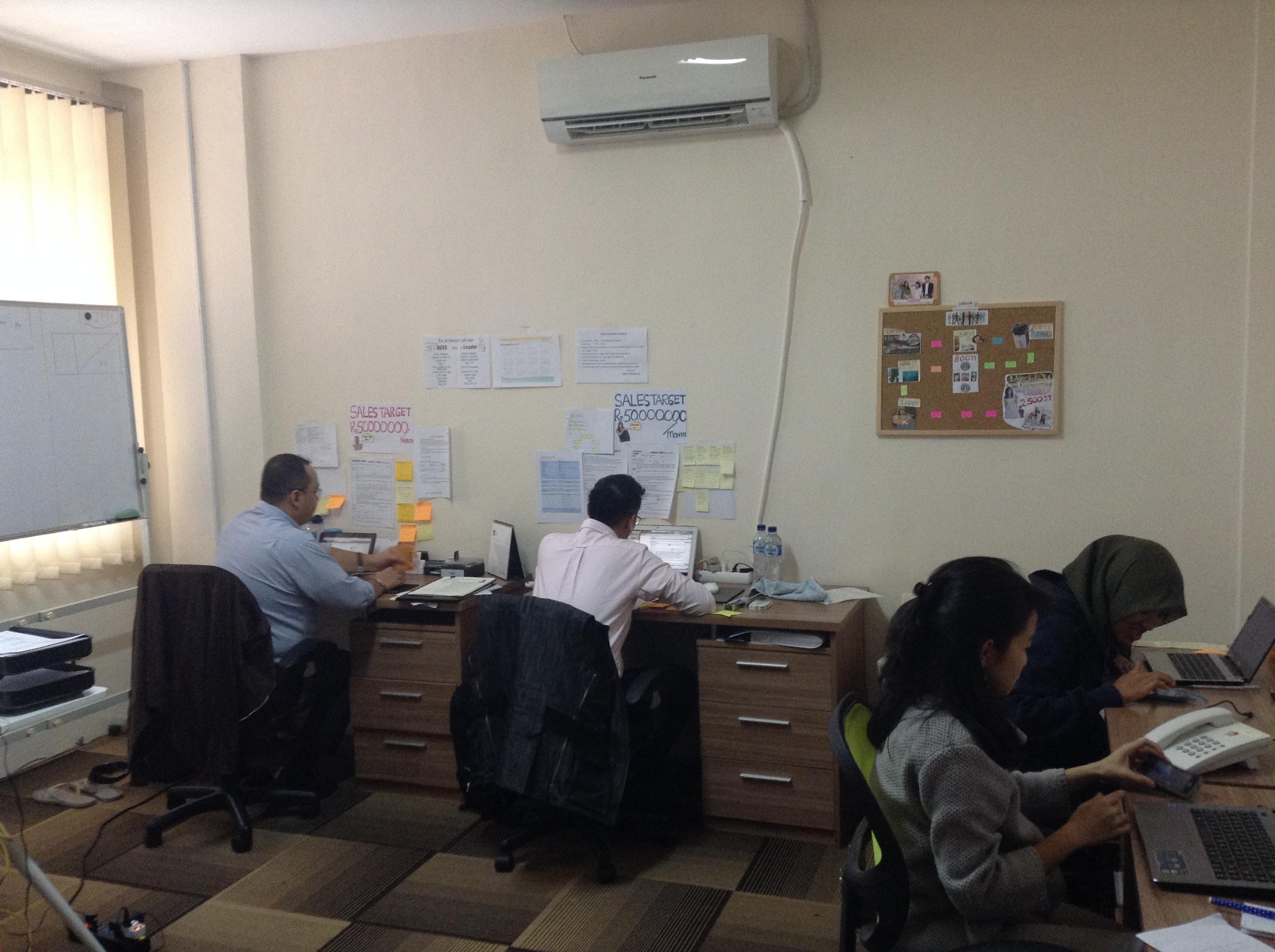 インドネシア ジャカルタの転職エージェント G.A.コンサルタンツ 社内の様子